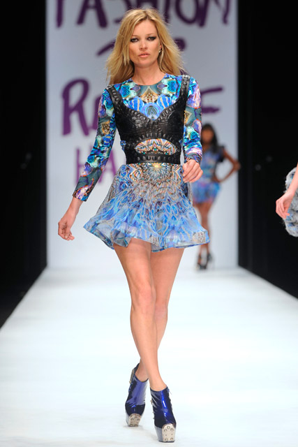 Kate Moss to walk the catwalk at the closing ceremony of the London 2012 Olympic Games