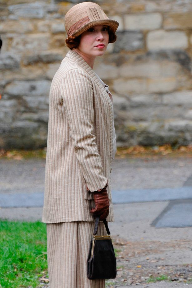 Daisy Lewis films scenes for Downton Abbey series 4