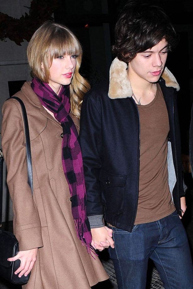 taylor swift and harry styles spotted getting cosy as they hold