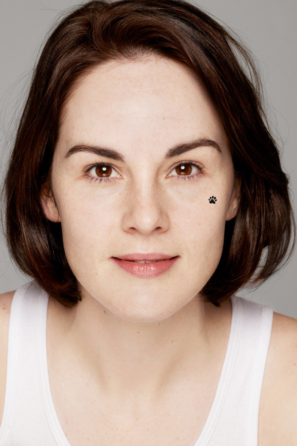 Downton Abbey's Michelle Dockery Sheds Her Make-Up For Children In Need