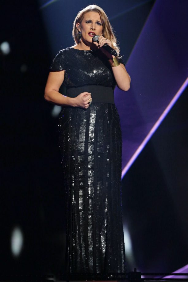 Sam Bailey wows in X Factor final