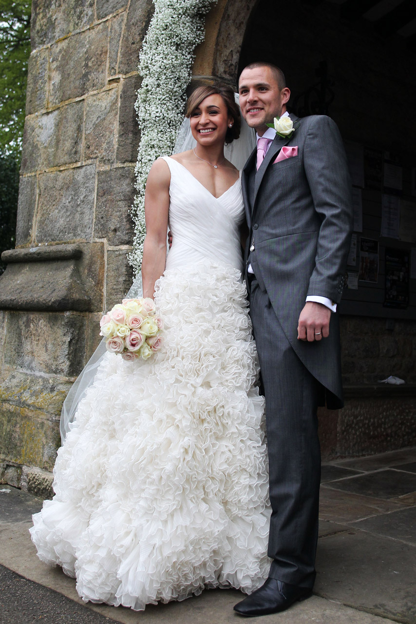 jessica ennis marries childhood sweetheart in monique