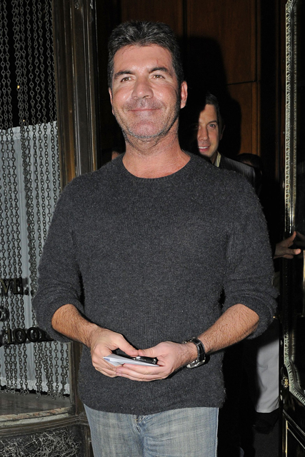 Simon Cowell, Dannii Minogue, Simon Cowell and Dannii Minogue, Simon Cowell affair with Dannii Minogue, Simon Cowell book, Simon Cowell biography, Simon Cowell girlfriend, Swet Revenge: The Intimate Life of Simon Cowell, Tom Bower, Tom Bower Simon Cowell