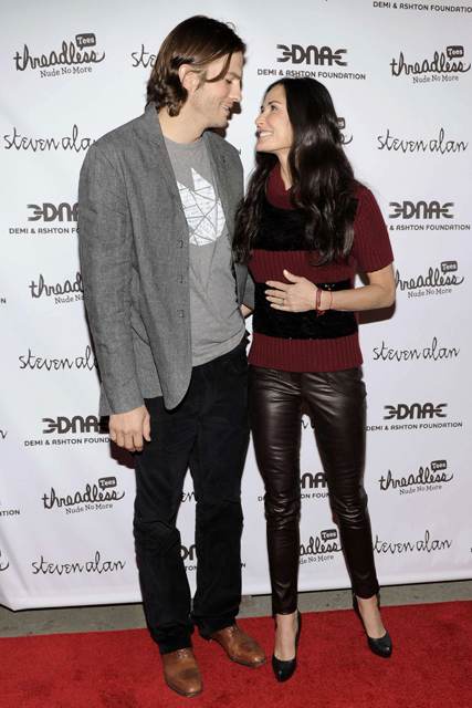 Demi Moore and Ashton Kutcher, Demi Moore and Ashton Kutcher relationship, Demi Moore and Ashton Kutcher split, Demi Moore and Ashton Kutcher divorce, Demi Moore, Ashton Kutcher, Demi Moore and Ashton Kutcher affairs, Ashton Kutcher affair, Twitter