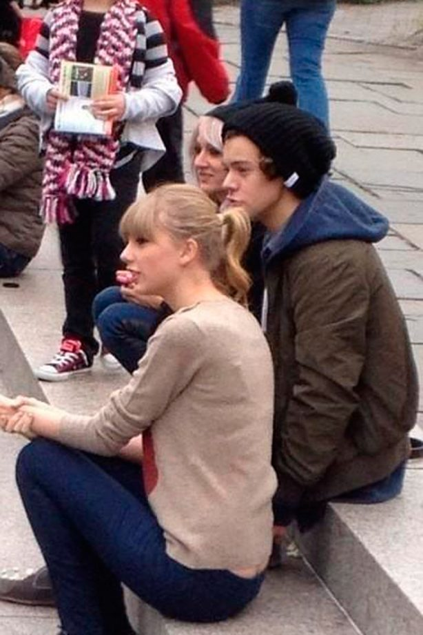 taylor swift and harry styles spotted on nyc day out