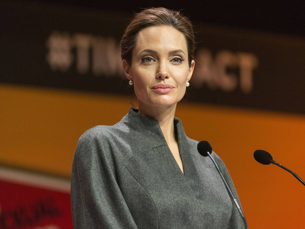 Angelina Jolie named honorary dame by Queen Elizabeth - NY