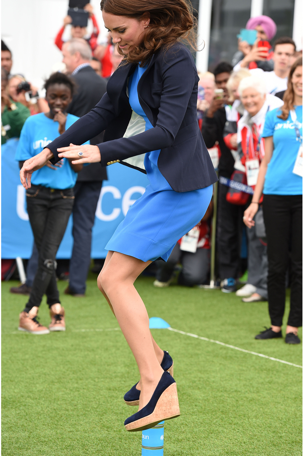 269d30aed78 Kate Middleton jumps over tin cans in Stuart Weitzman Corkswoon ...