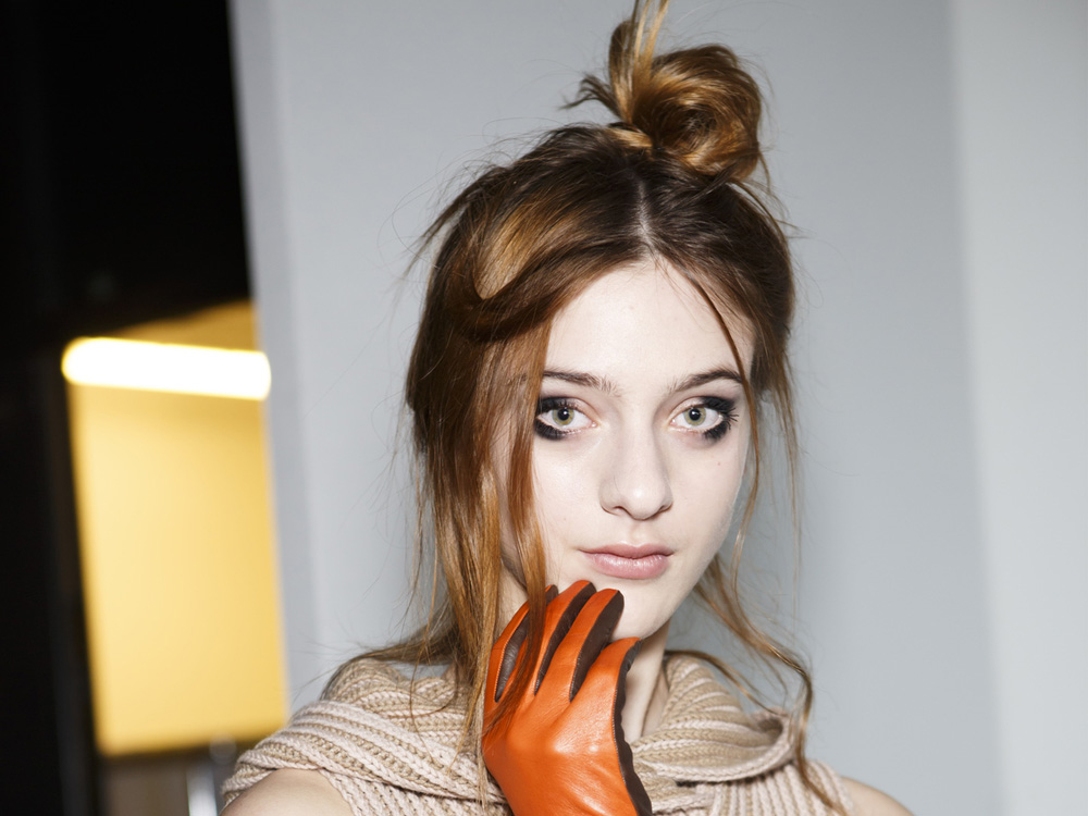 #PartyHair: How To Do A Topknot