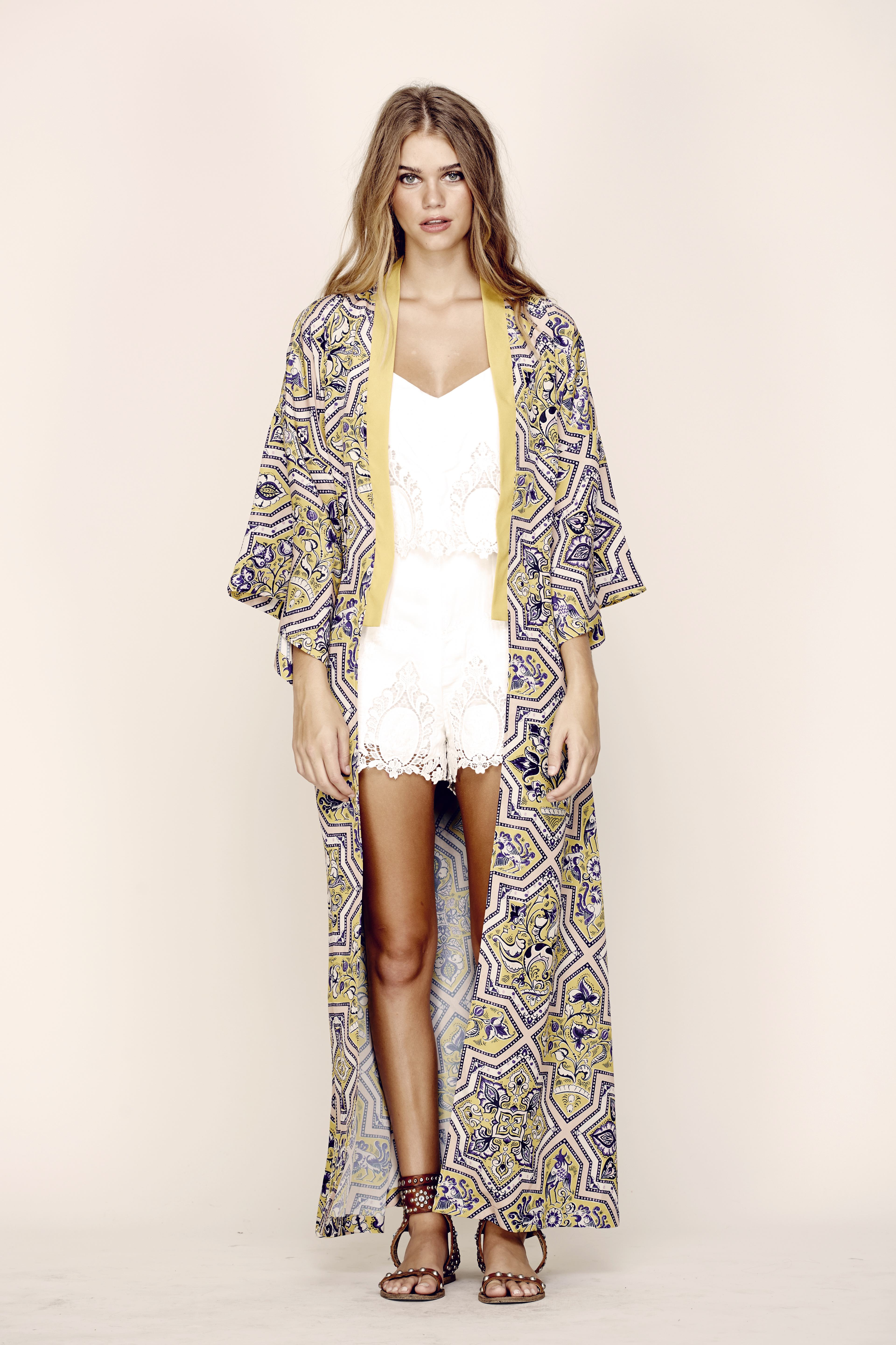 Kimonos: How To Wear Them For Every Occasion