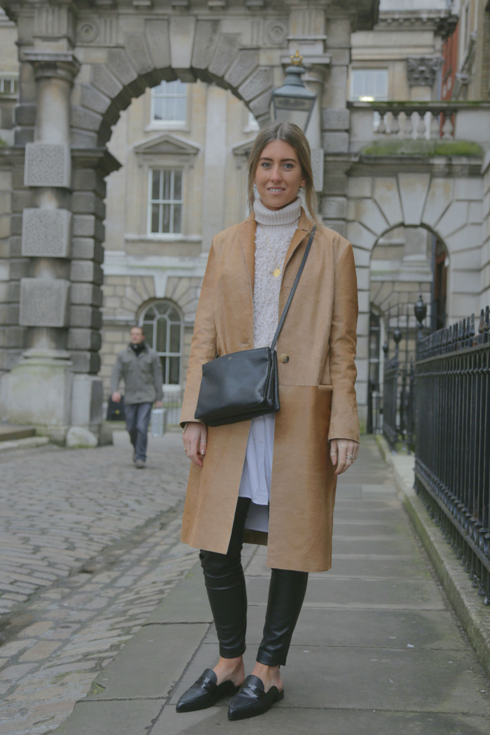 Video: 70s Fashion – Three Ways You Can Wear The Trend For SS15