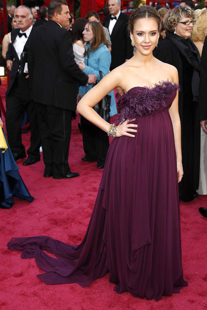 Best Oscar Dresses Of All Time, From Audrey Hepburn To Lupita N\'yongo