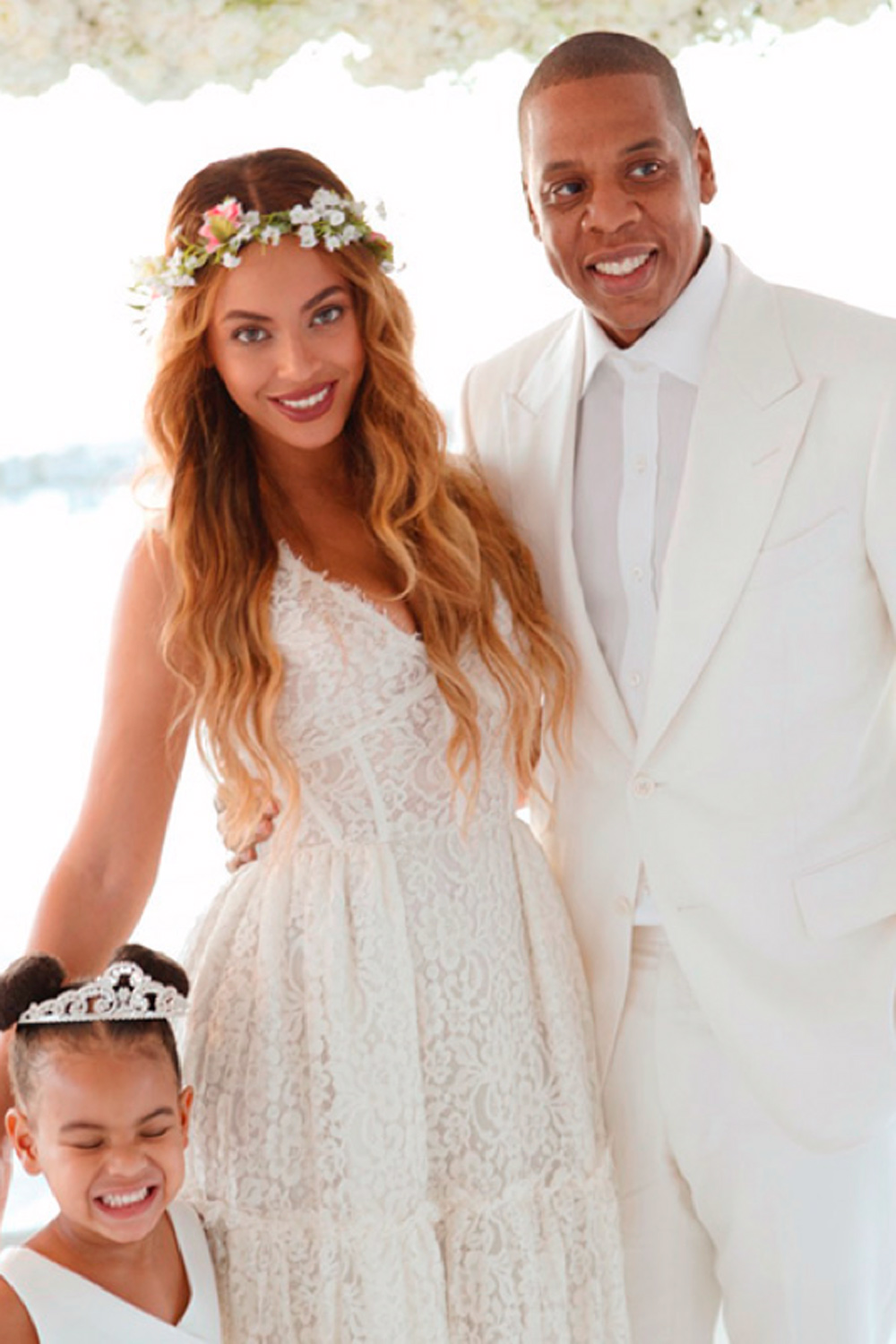 Beyonce Knowles Picture Of Husband Jay Z And Daughter