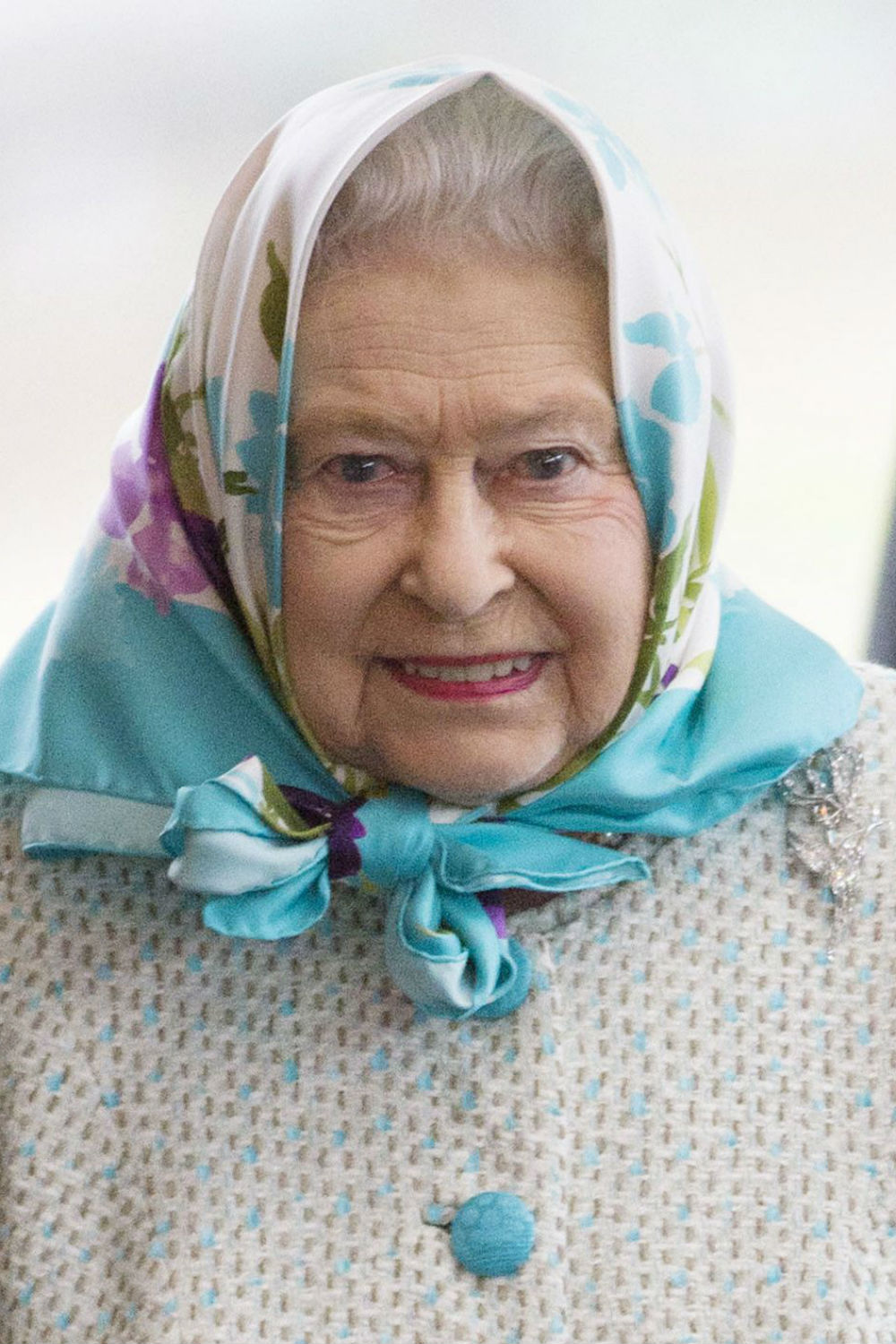 Happy Birthday To The Queen! Here Are 7 Style Lessons We ...