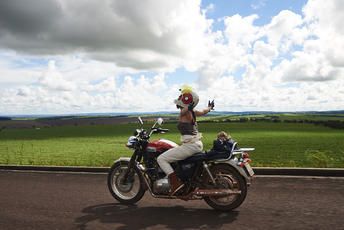 Road To Beauty: How Do L'equipee Girls Manage To Stay So Chic On Their Motorbikes Road To Beauty: How Do L'equipee Girls Manage To Stay So Chic On Their Motorbikes new images