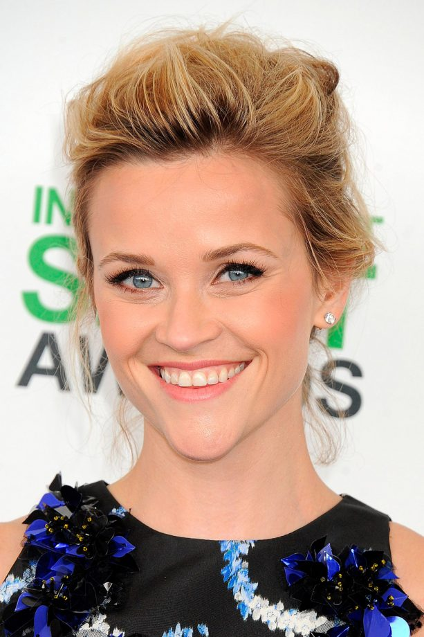 Reese Witherspoon hair up blonde updo loose quiff