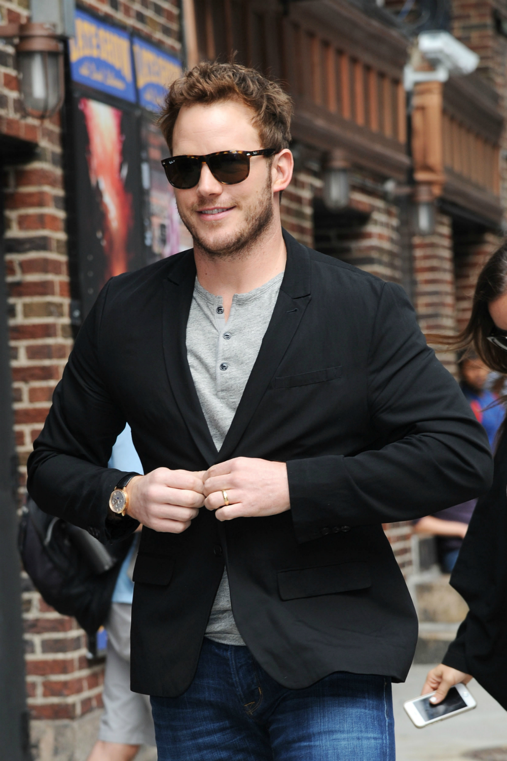 Oh, Chris Pratt, How Do We Love Thee Let Us Count The Ways