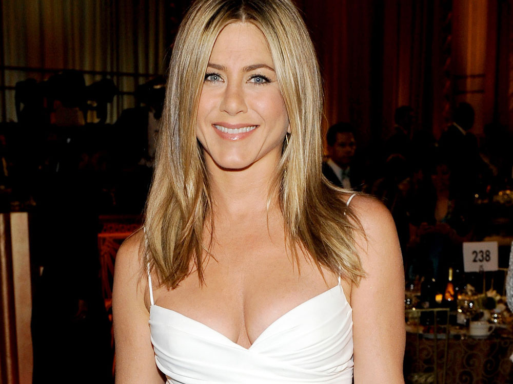 Celebrity Plastic Surgery Jennifer Aniston