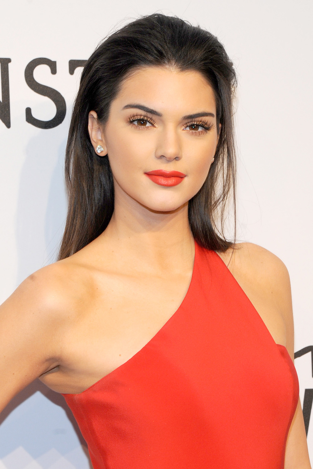 Kendall Jenner, Lipstick Queen: The Model Unveils Her