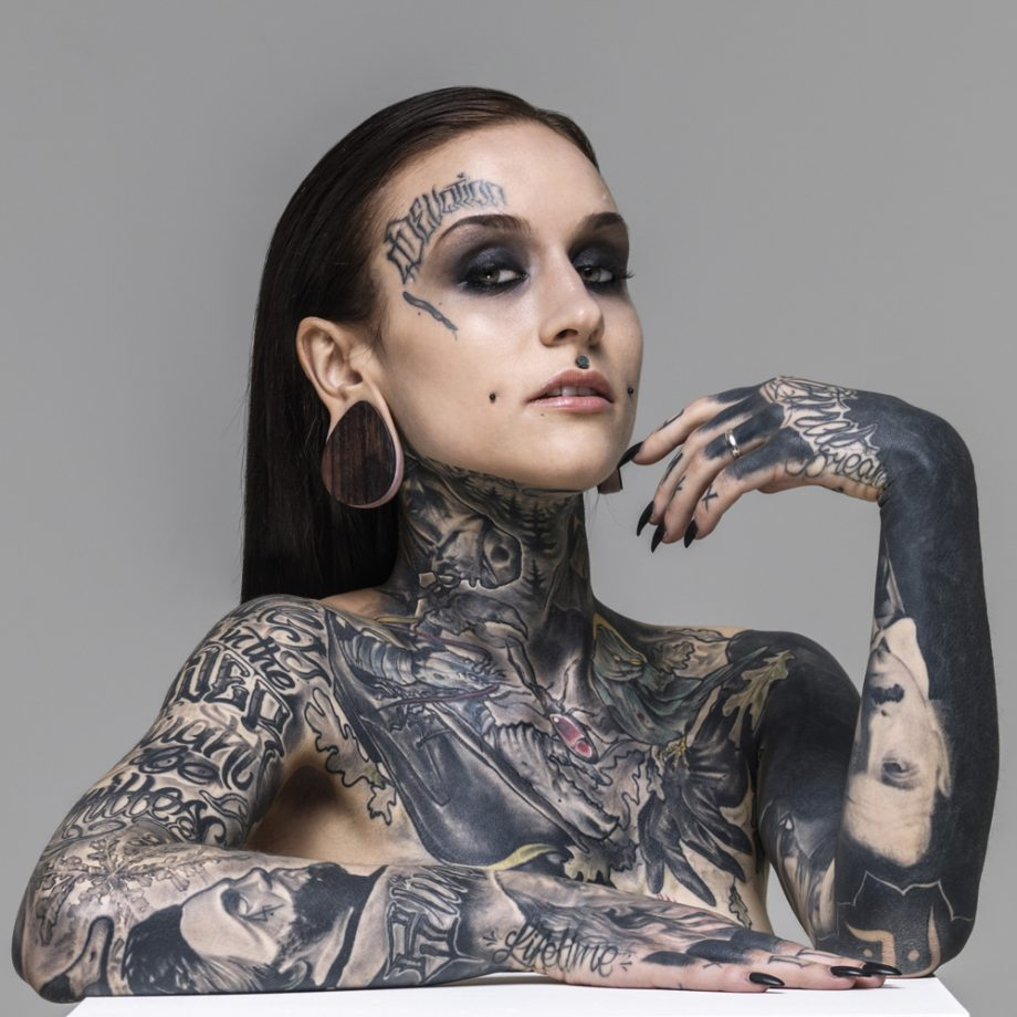 Meet your new beauty icons for Nude tattooed chicks