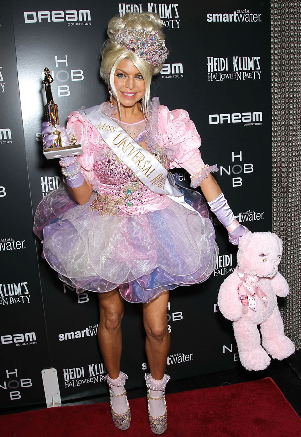 celebrity halloween costume ideas  sc 1 st  Marie Claire : pageant queen halloween costumes  - Germanpascual.Com