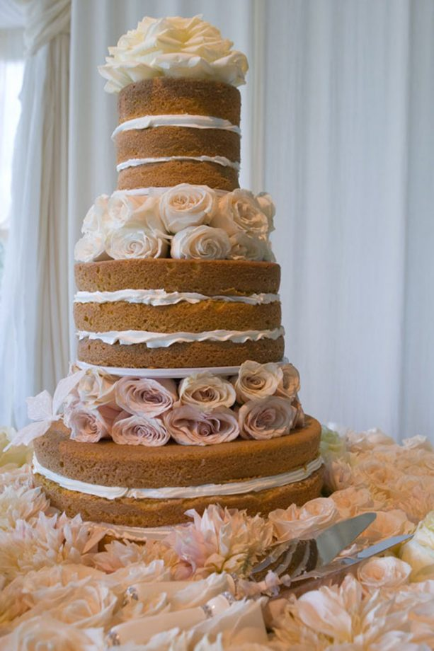 celebrity wedding cakes pictures to inspire your own wedding cake design. Black Bedroom Furniture Sets. Home Design Ideas