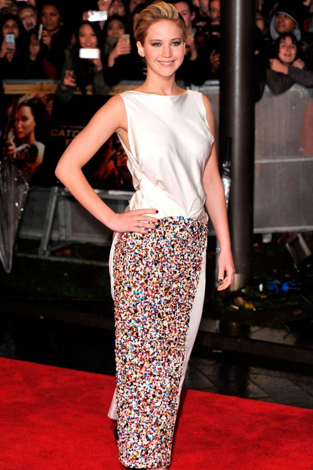 Jennifer Lawrence sparks engagement rumours at The Hunger Games: Catching Fire London premiere