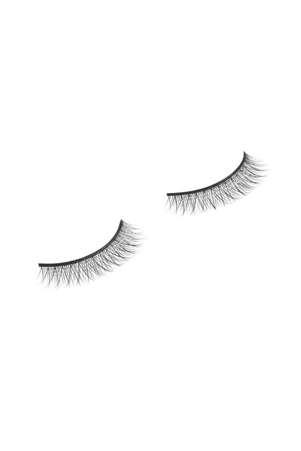 Best False Eyelashes: The Pairs That Will Make Your Peepers Pop