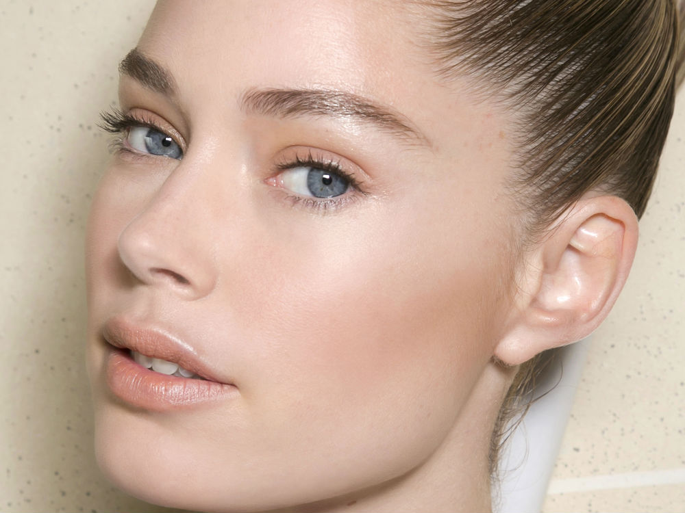 A Step-By-Step 'Natural' Make-Up Routine