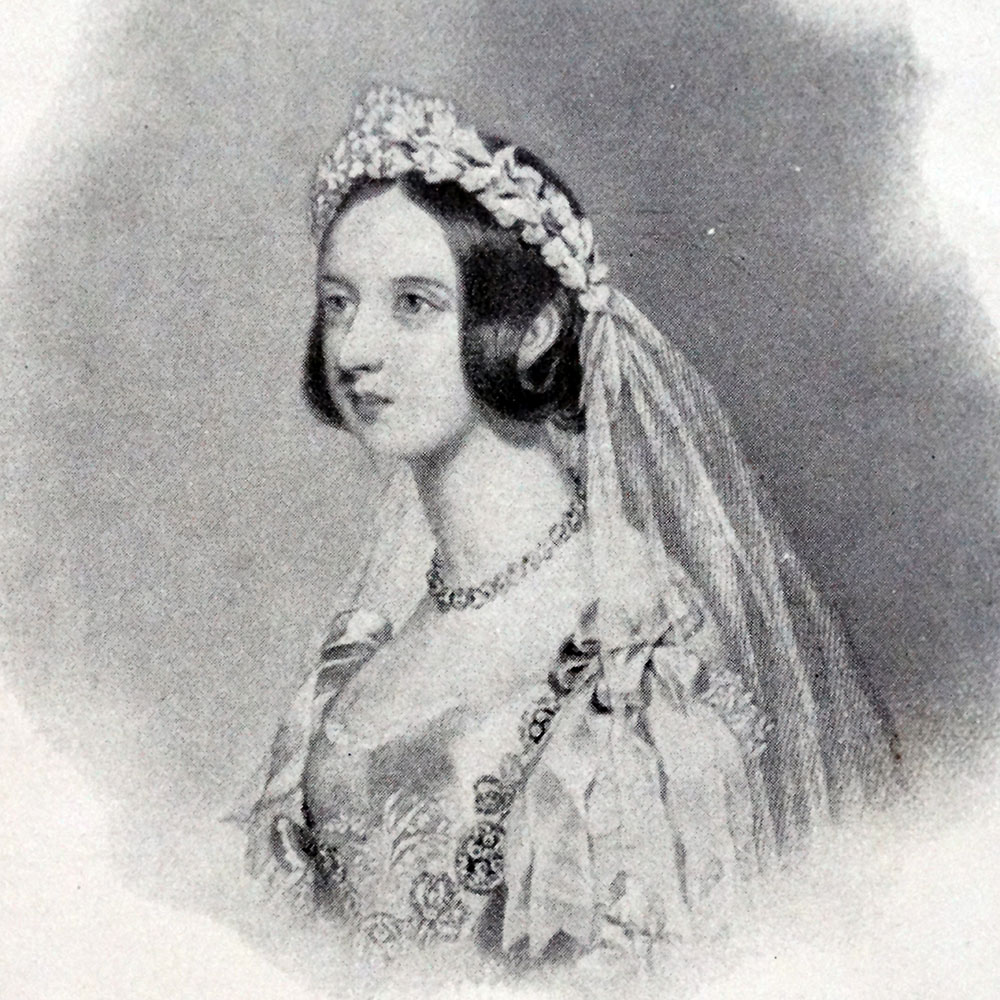 White Wedding Dress Queen Victoria: This Is Why Wedding Dresses Are White
