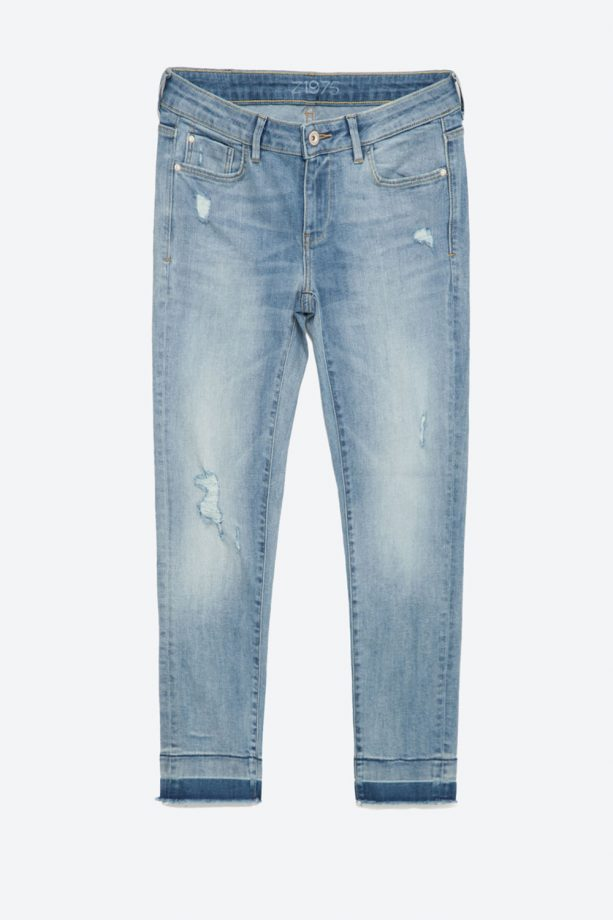 1f40c3a5 Skinny Jeans Click or tap to zoom into this image