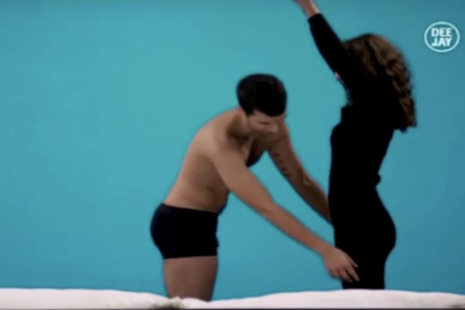 Contestants To Strip Off And Jump Straight Into Bed In New Dating - Awkward video shows strangers undressing eachother