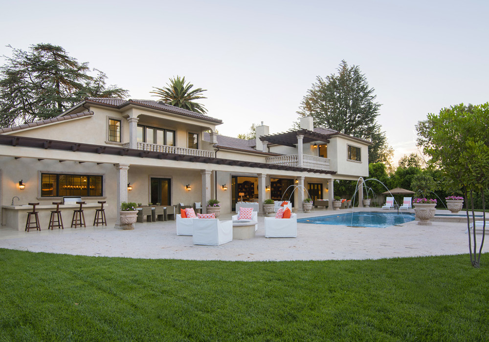 Pictures amber rose 39 s new house in los angeles for New house in los angeles