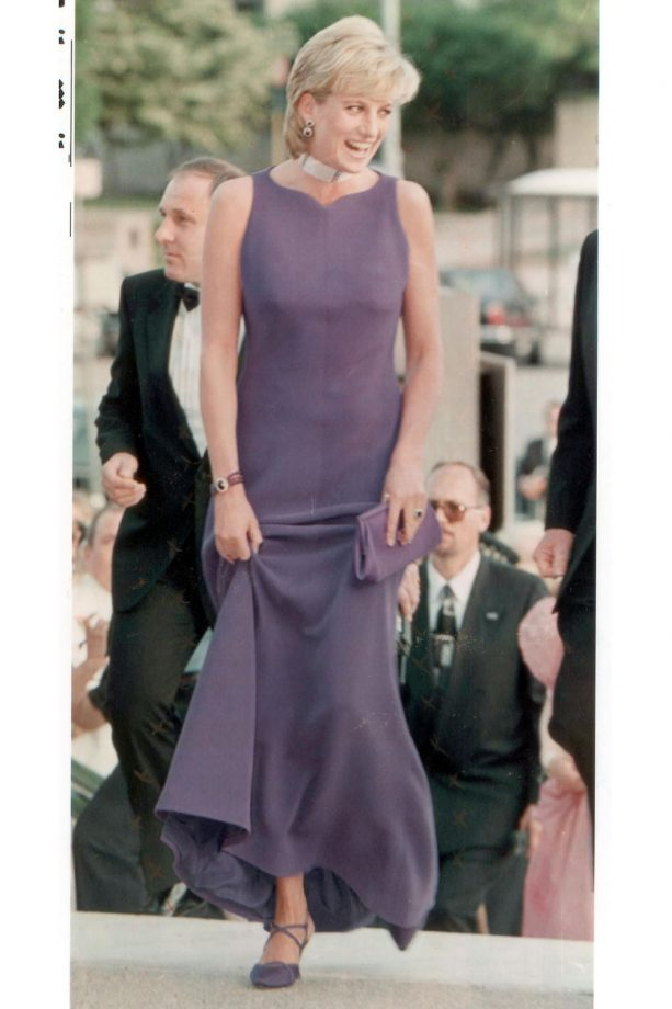 0b821d80bd Jimmy Choo 20th anniversary brand fact file: the red carpet story by ...