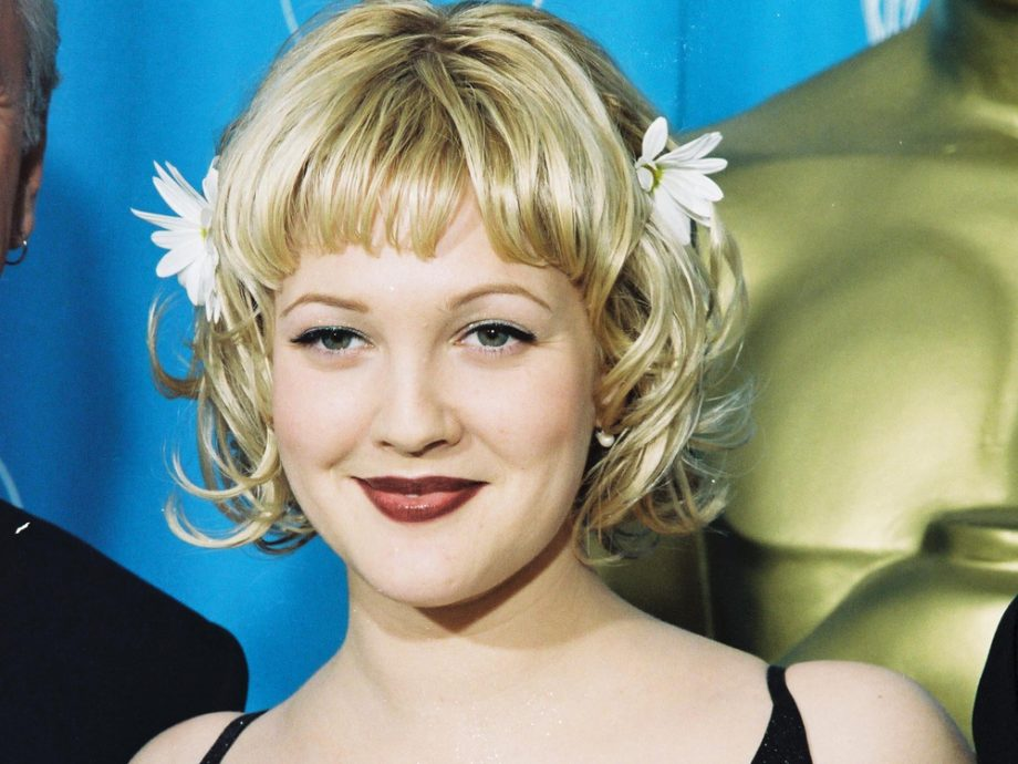 Drew Barrymore 90s beauty trends