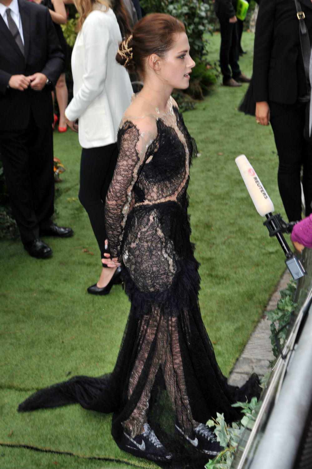 Kristen Stewart: 7 Reasons Why Her Style SO Works When It Really
