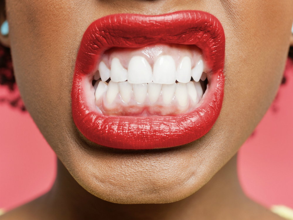 Enlighten Versus Zoom teeth whitening: Whats the difference?