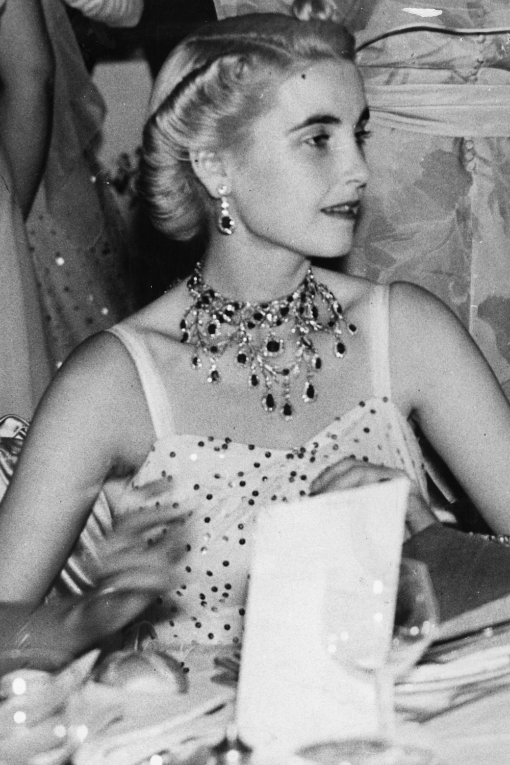 Barbara Hutton 1930s fashion icons