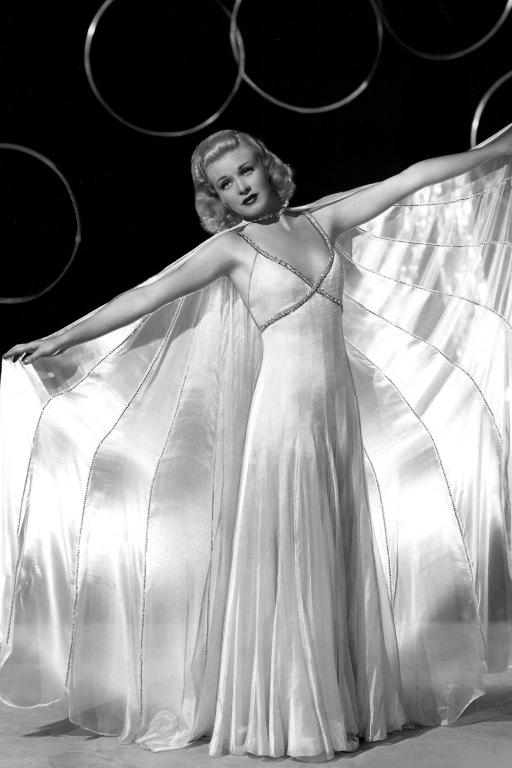 Ginger Rogers 1930s fashion icons