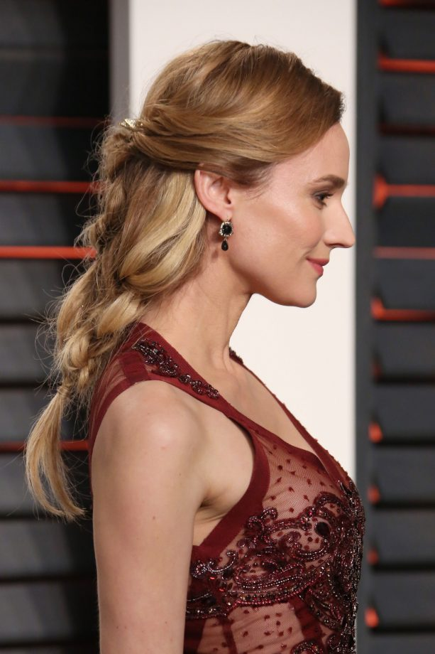 hairstyles for thick hair that ll make your mane look amazing