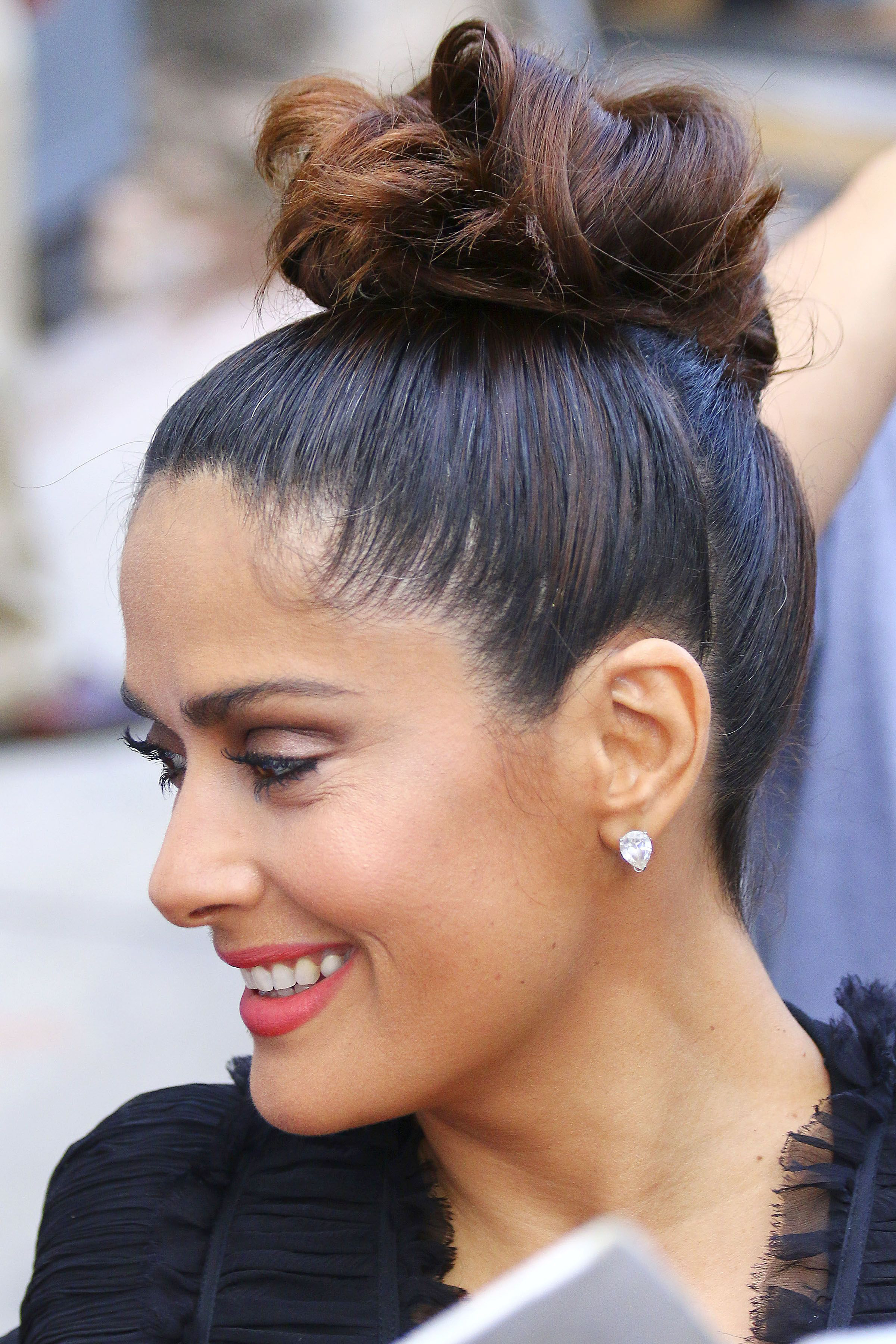 salma hayek hairstyles : Hairstyles for thick hair