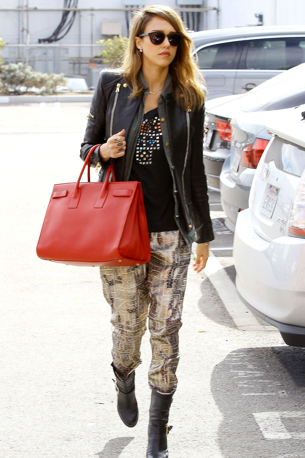 Off-Duty Celebrity Style: Casual Looks We Love
