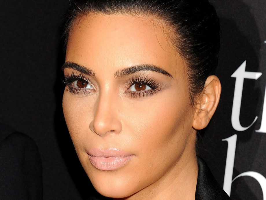 Kim Kardashian\'s make-up routine takes this long and costs this much