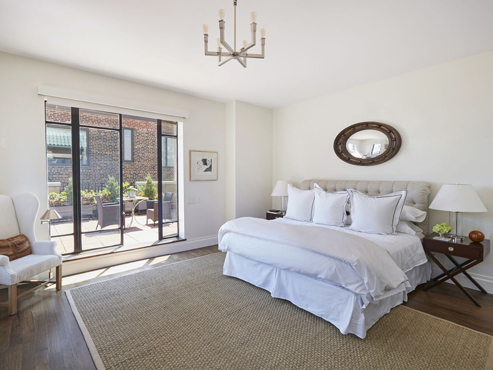 Marilyn Monroe S Former New York Apartment Is Up For