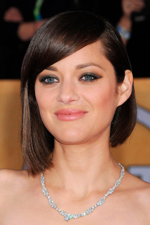 Bob hairstyles the best celebrity bobs to inspire your hairdo marion cotilard bob hairstyle urmus Images