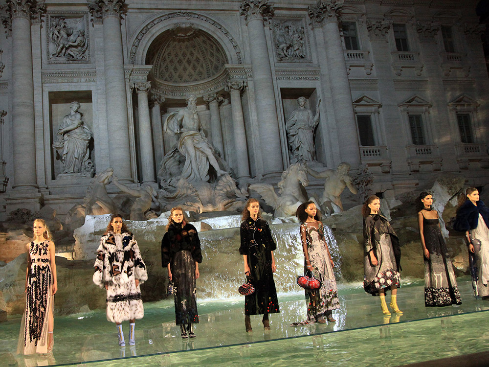 b07621ff8d1c Fendi celebrates its 90th anniversary with an incredible show in the ...