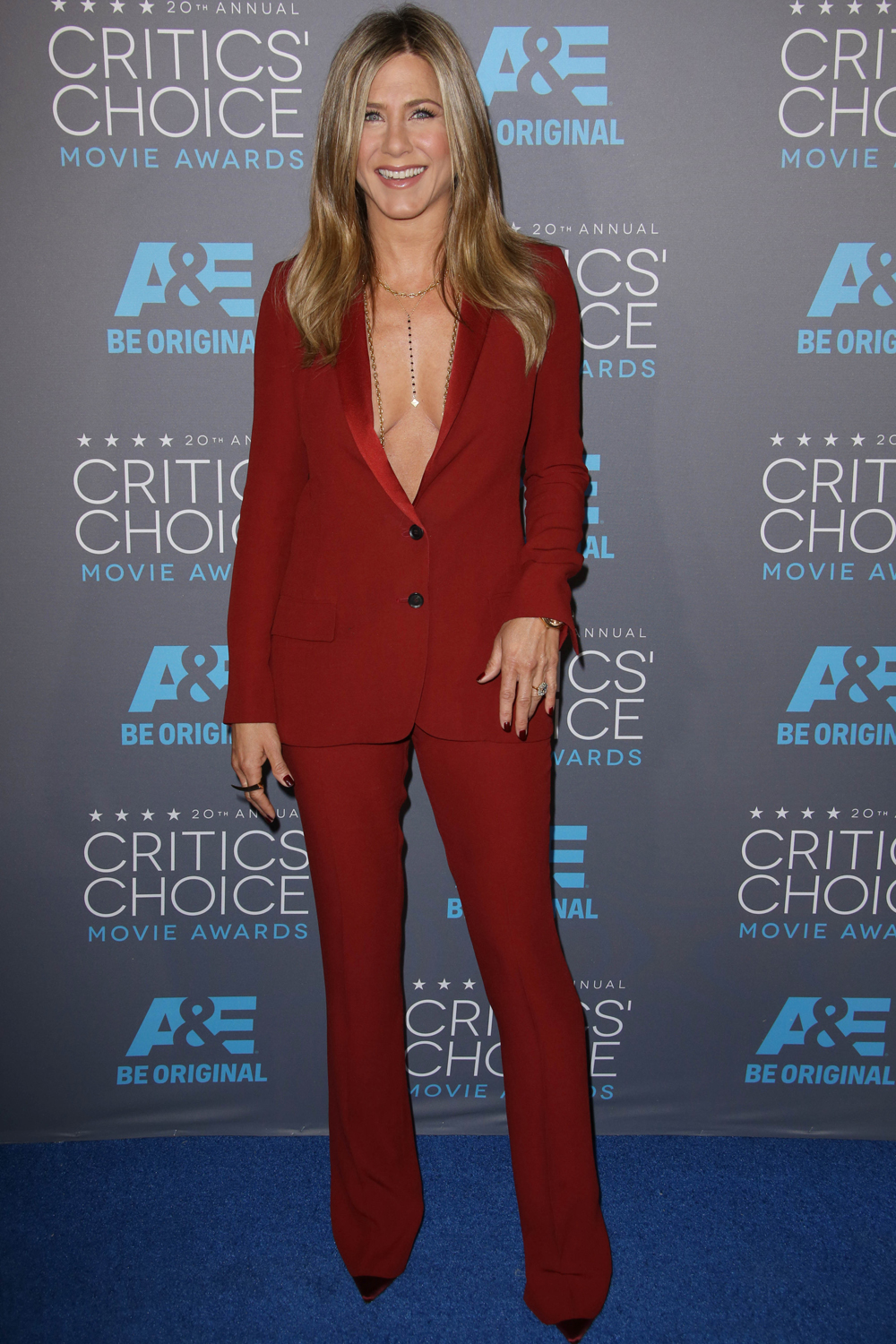 From Jennifer Aniston To Angelina Jolie: 8 Looks You Need To See From The Critics' Choice Awards 2015