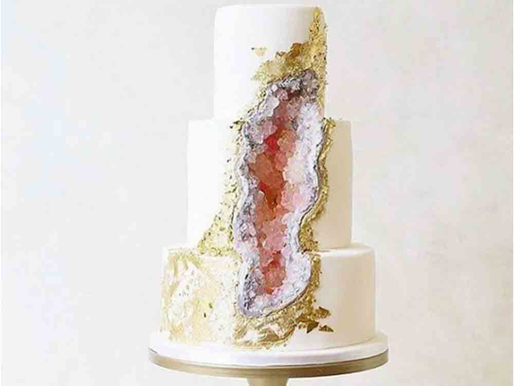 Geode Cakes This New Cake Trend Is Pure Rock