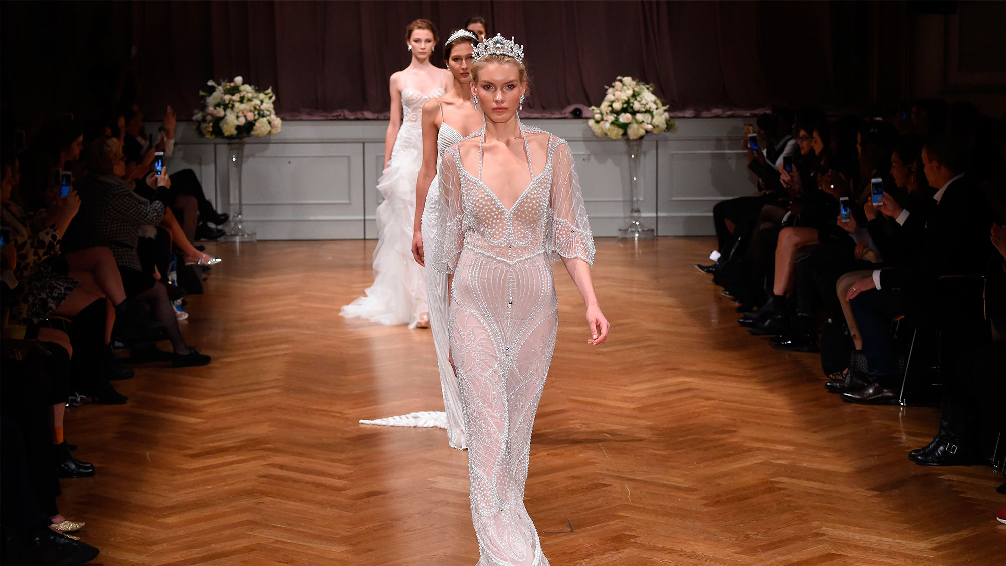 Wedding Dresses from bespoke to highstreet: how to find the perfect ...