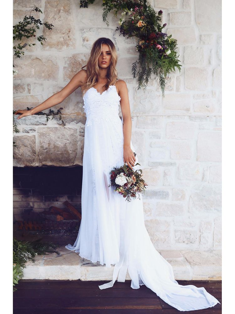 Discover the world\'s most wanted wedding dress