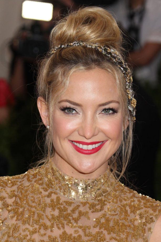 kate hudson hair styles hair updos a list inspiration for your hairstyle 3655